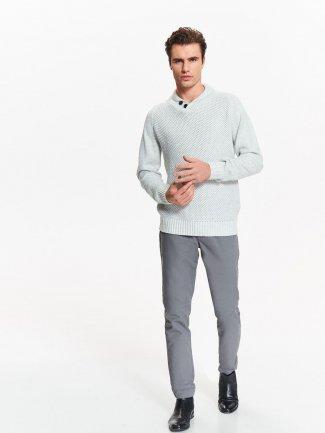 biały sweter męski z długim rękawem